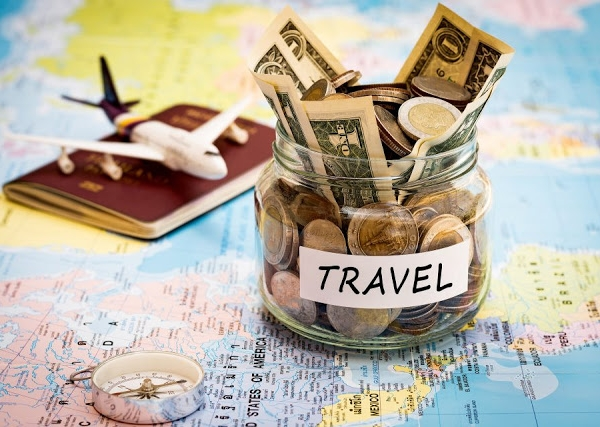 50 Ways How I Saved My Money To Travel The World | Zanne Xanne's Tips