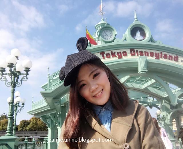 Tokyo Disneyland Review   Zanne Xanne's Travel Guide